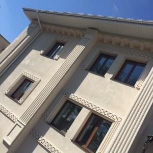 Фасадный декор - дом г. Кривой Рог